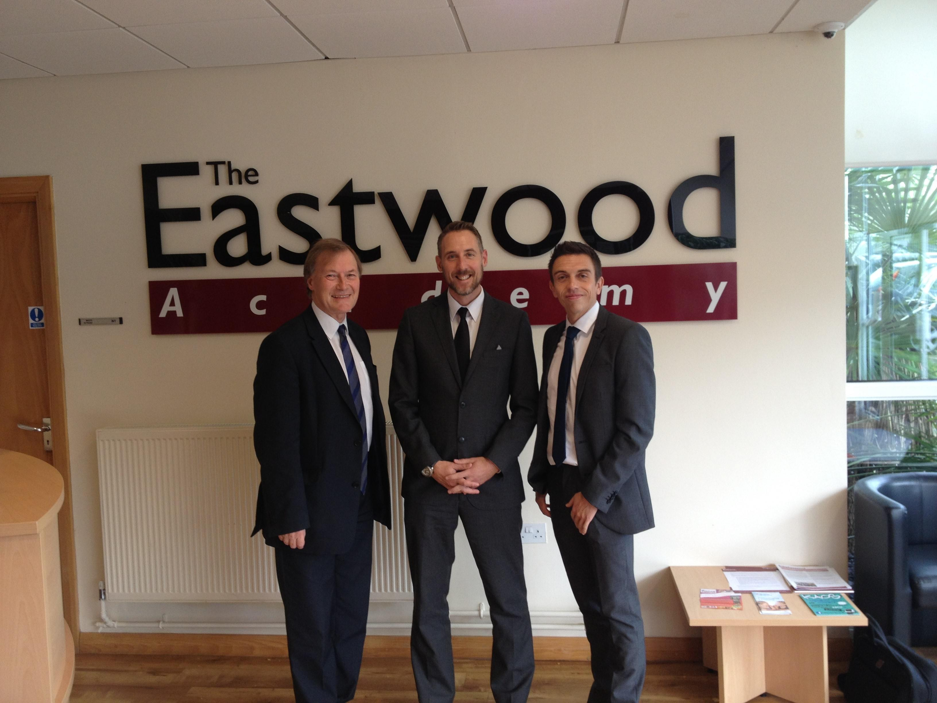 Sir david visits the eastwood academy david amess - David s salon eastwood ...